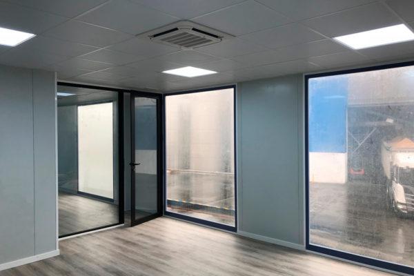 sala-reuniones-industria-equipo