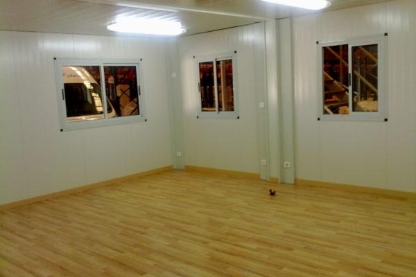 interior-de-casetas-con-suelo-de-madera